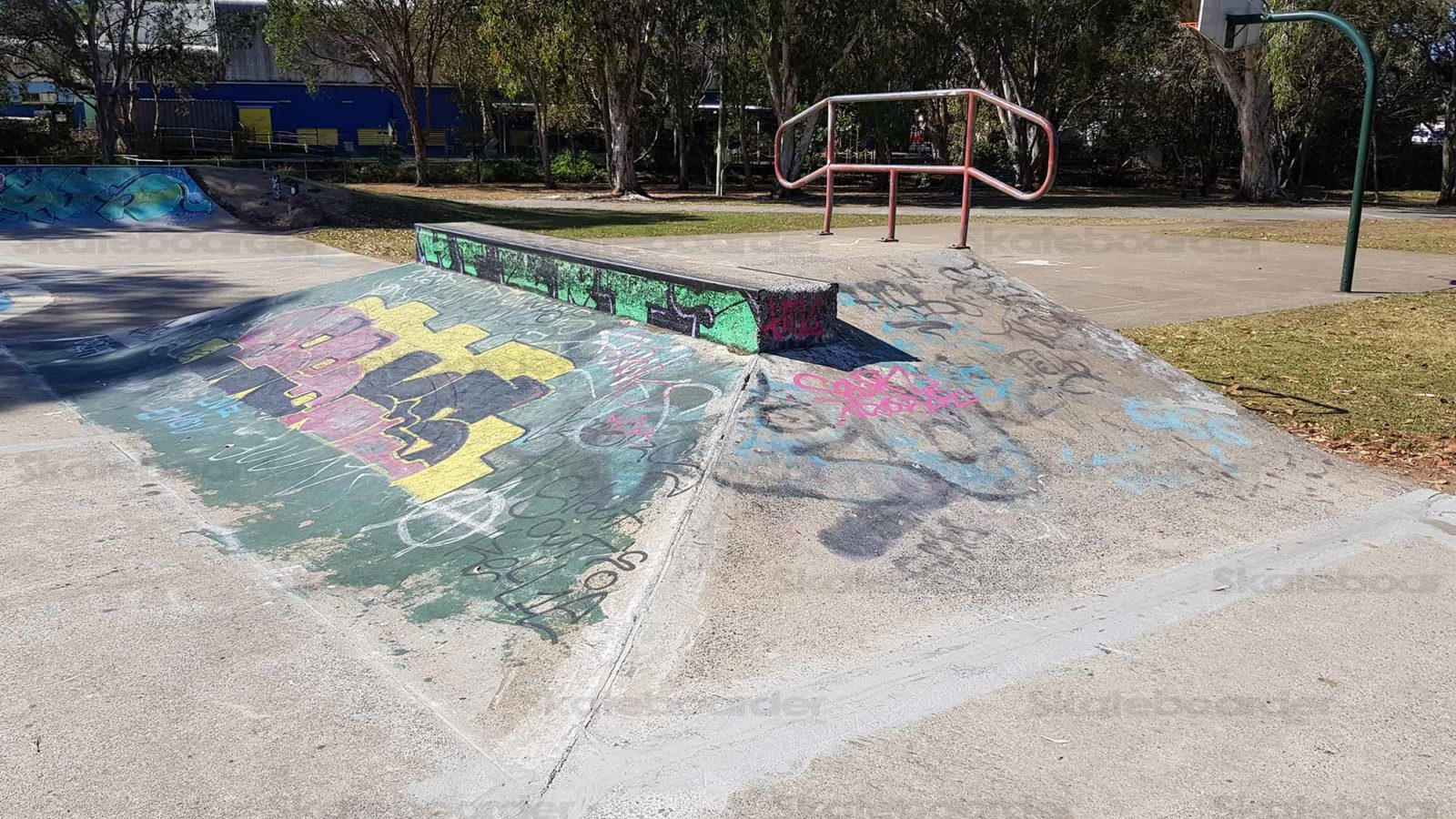 Fun box with ledge and rail at Lota Skatepark
