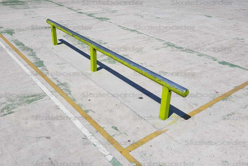 Flat Rail on Court