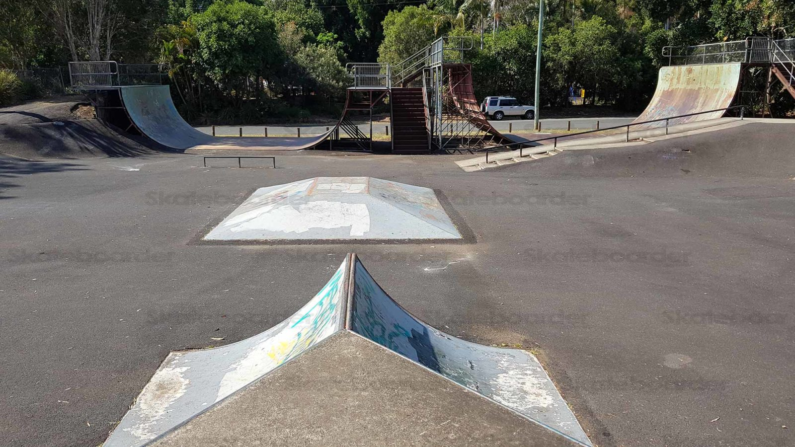 Spine, pyramid, ramps